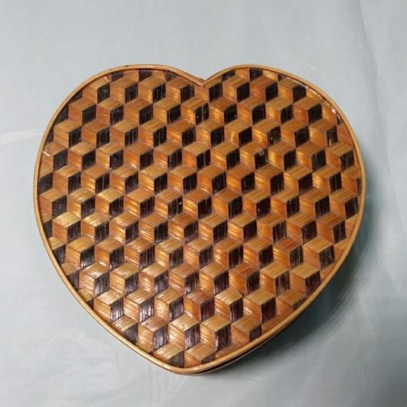 Other - Woven Basket Trinket Box Heart Shaped